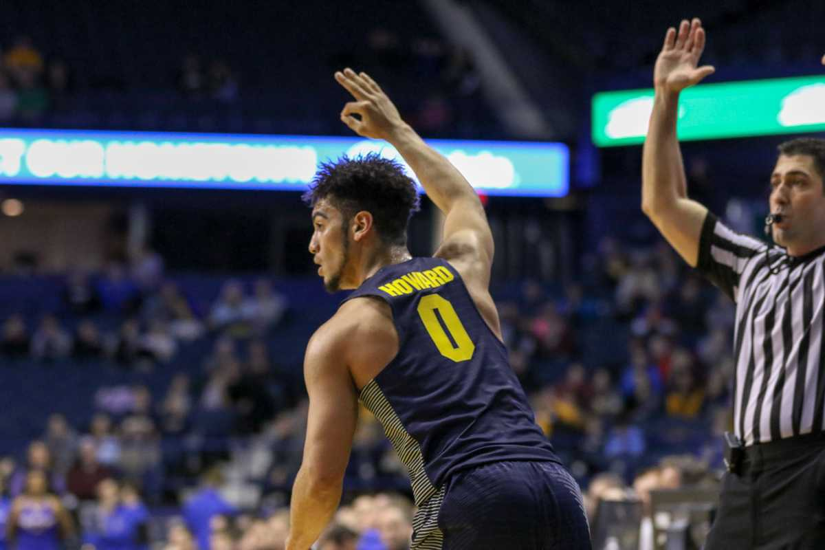 Markus Howard scored 13 points in Marquette's win at DePaul Saturday.
