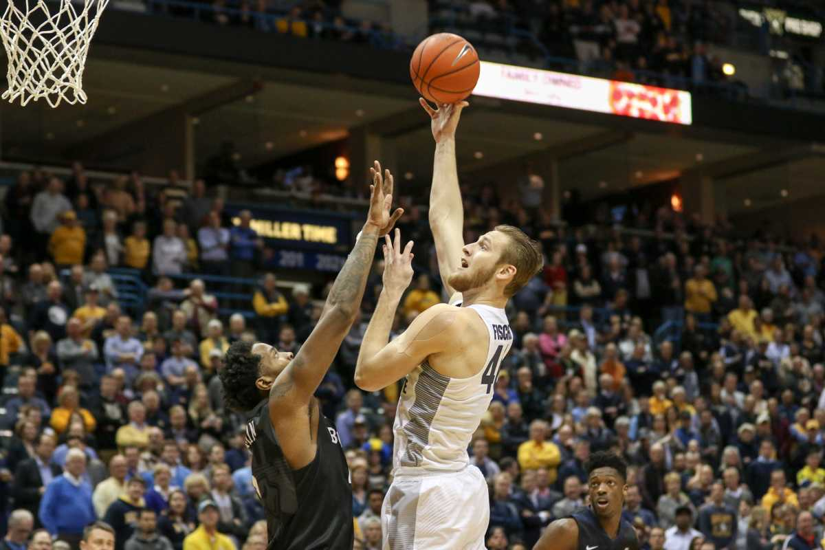 Luke Fischer recorded a double-double in Marquette's loss to Butler Tuesday.