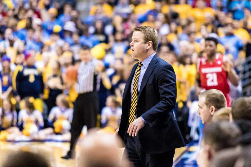 Steve+Wojciechowski+stands+on+the+sideline+during+Marquette%27s+game+against+Wisconsin.
