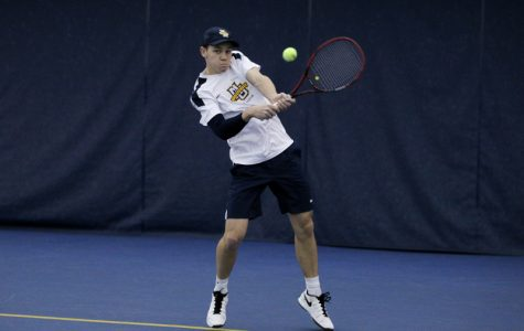 Men's tennis continues to protect home court