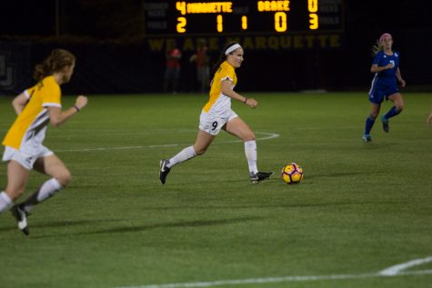 Women's soccer finally finds the net