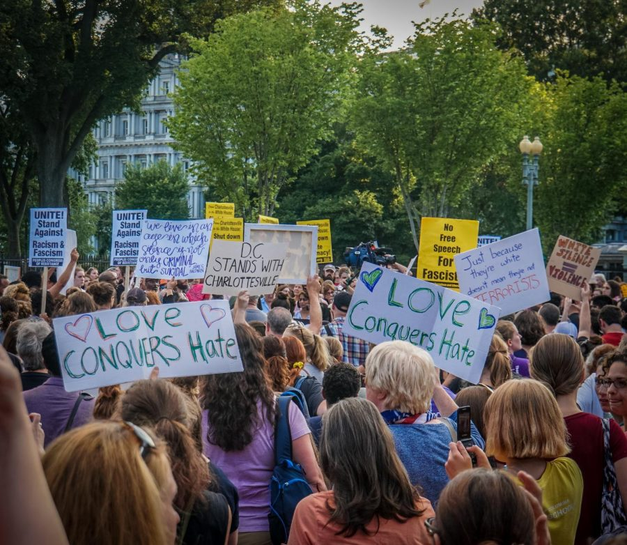 A+vigil+held+in+Washington+D.C.+following+the+events+in+Charlottesville%2C+VA.