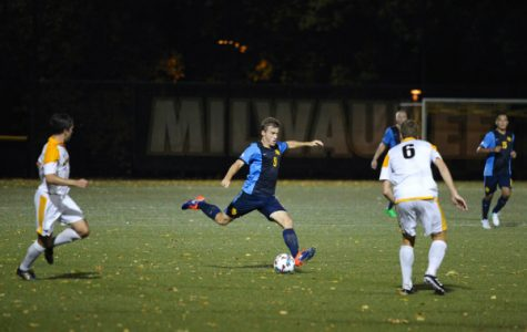 UWM uses two first half goals to beat Marquette in sloppy Milwaukee Cup