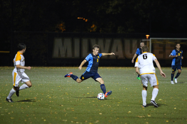 Brody Kraussel attempts to cross the ball against UWM Tuesday in the Milwaukee Cup.