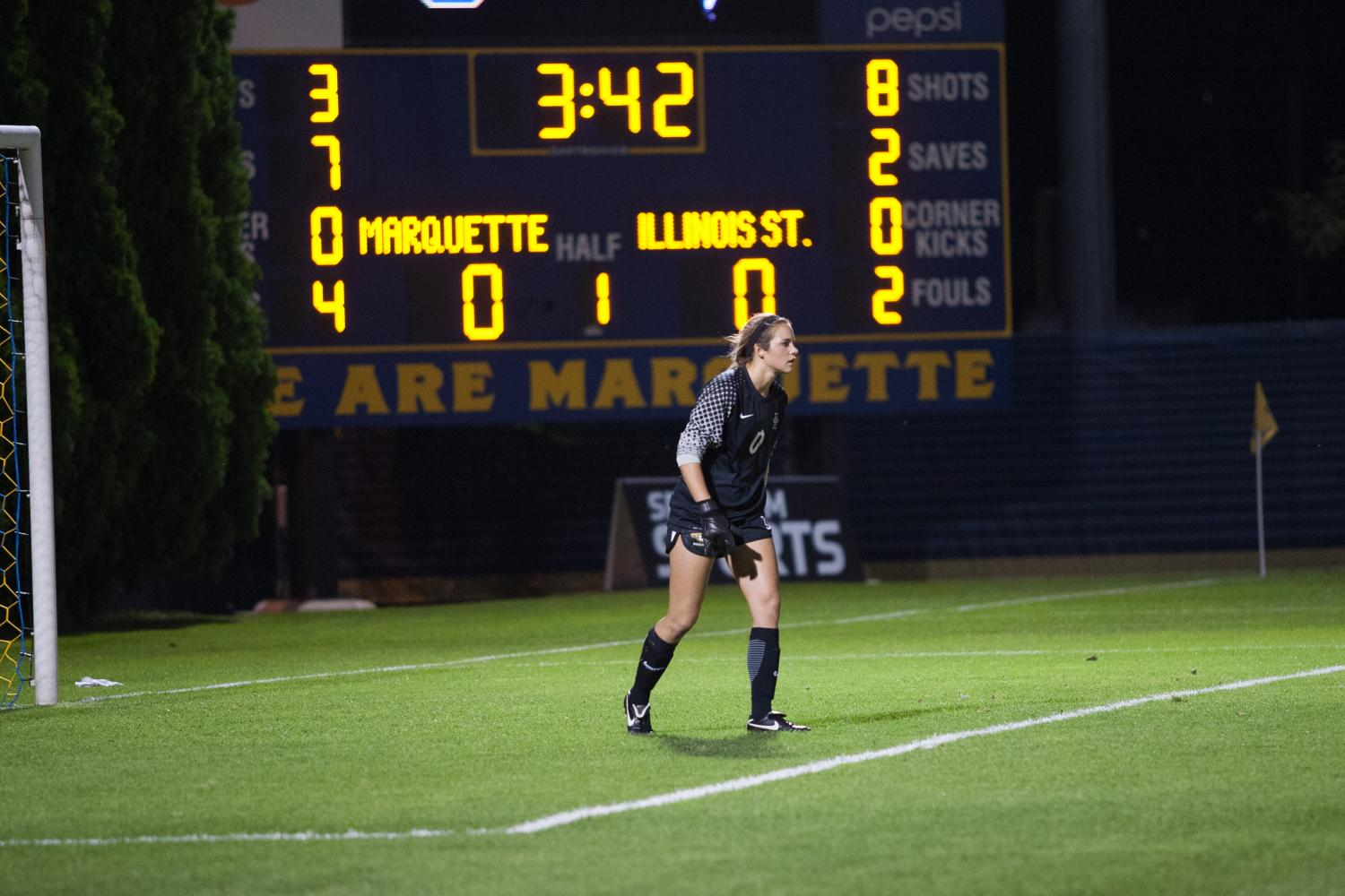 Goalkeeper+Maddy+Henry+set+a+career+saves+mark+in+a+scoreless+draw+against+Illinois+State.