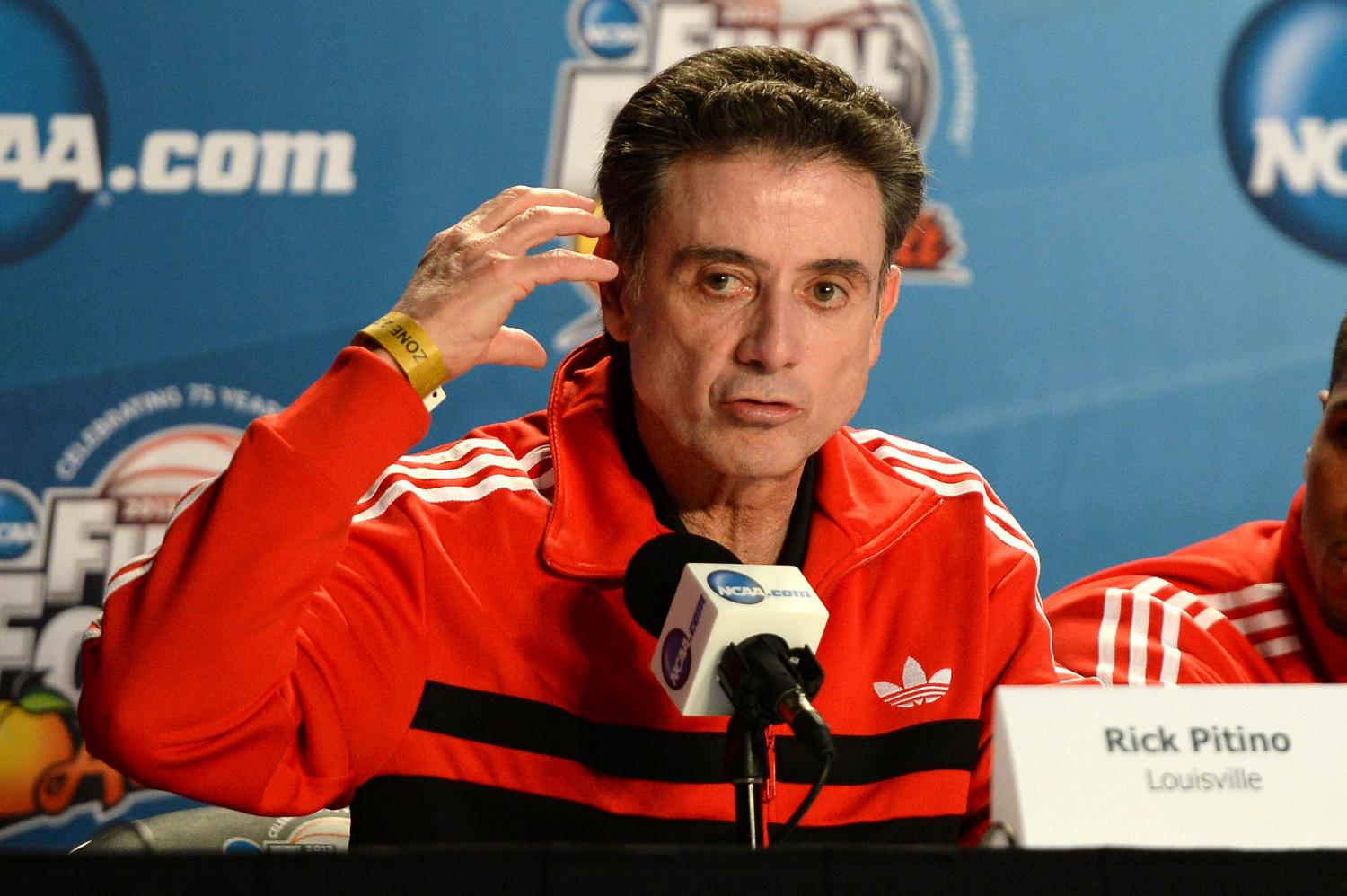Pitino helped pay recruit's family $100k