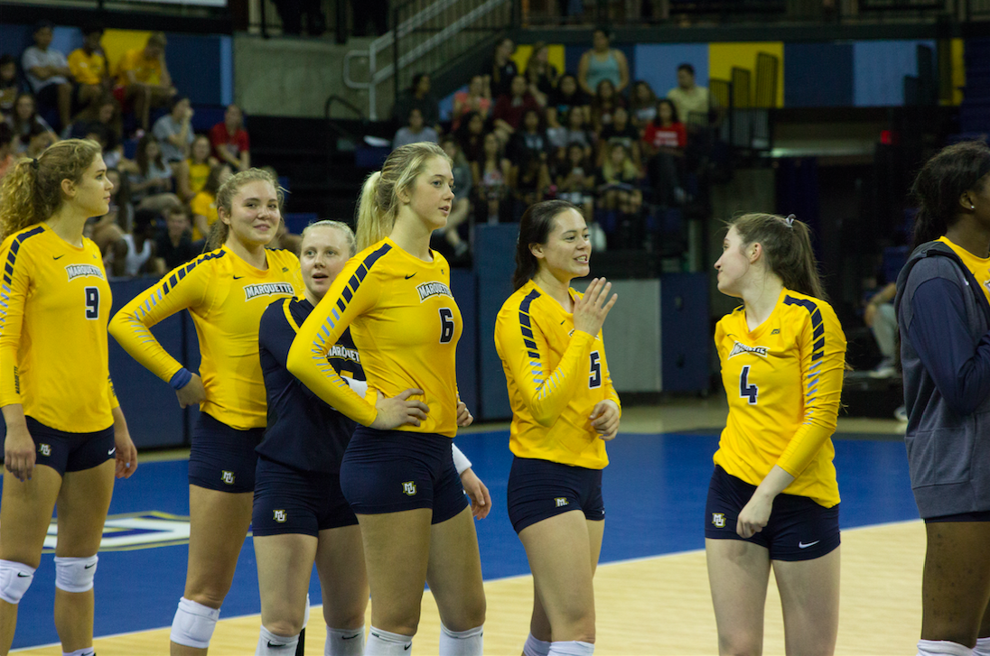 Sandy+Mohr+%28No.+6%29+stands+with+her+teammates+ahead+of+Marquette%27s+match+against+Seton+Hall.