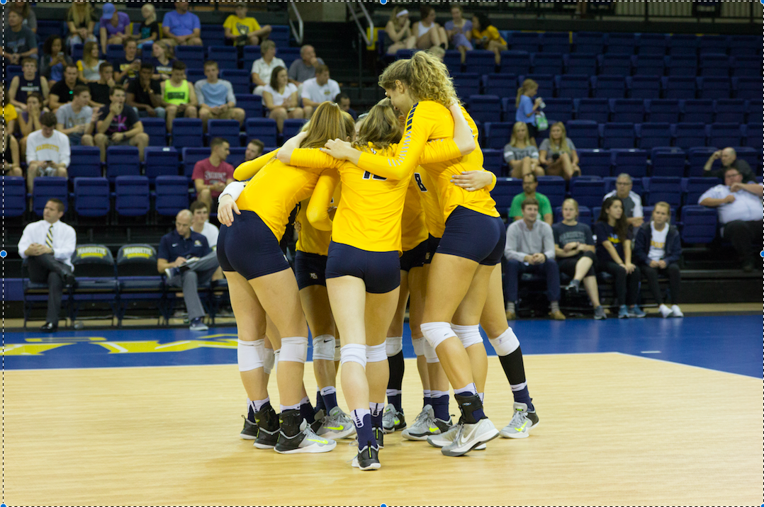 Volleyball eases past Xavier to move to 4-0 in conference play