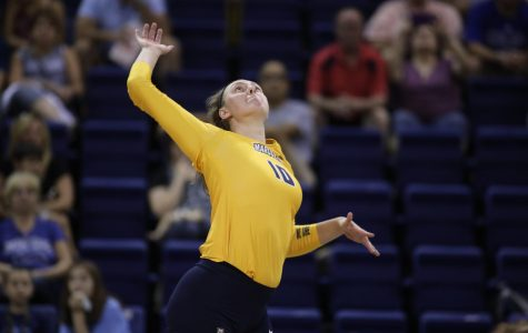 Volleyball splits weekend series against Butler, Xavier