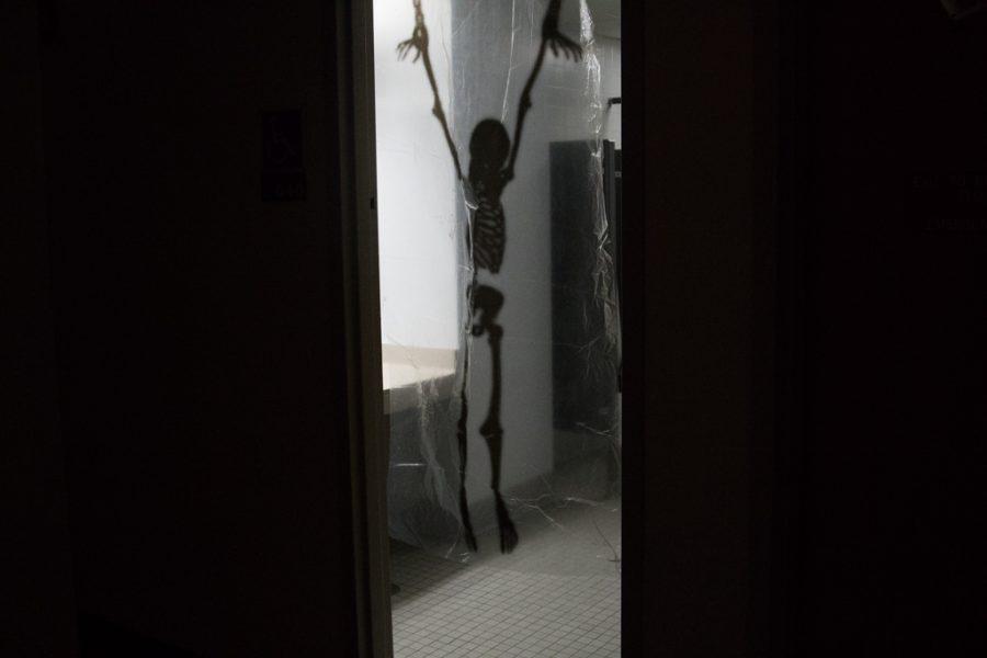 Haunted+hotel+spooks+on+Halloween+eve