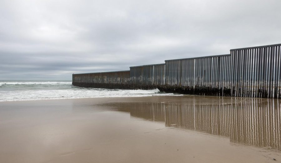 The+Mexico-+United+States+border+wall+in+Tijuana%2C+Mexico.
