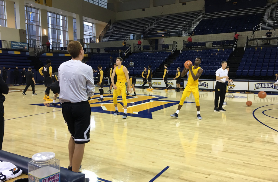 Men's basketball prepares for their exhibition against UW-Milwaukee