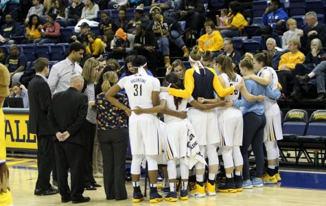 Women's basketball improves chemistry, leadership through military-style training