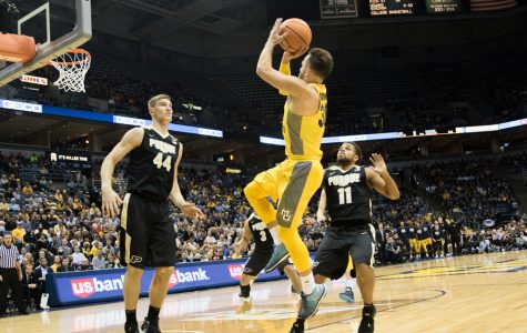 PHOTO GALLERY: Men's basketball vs. Purdue