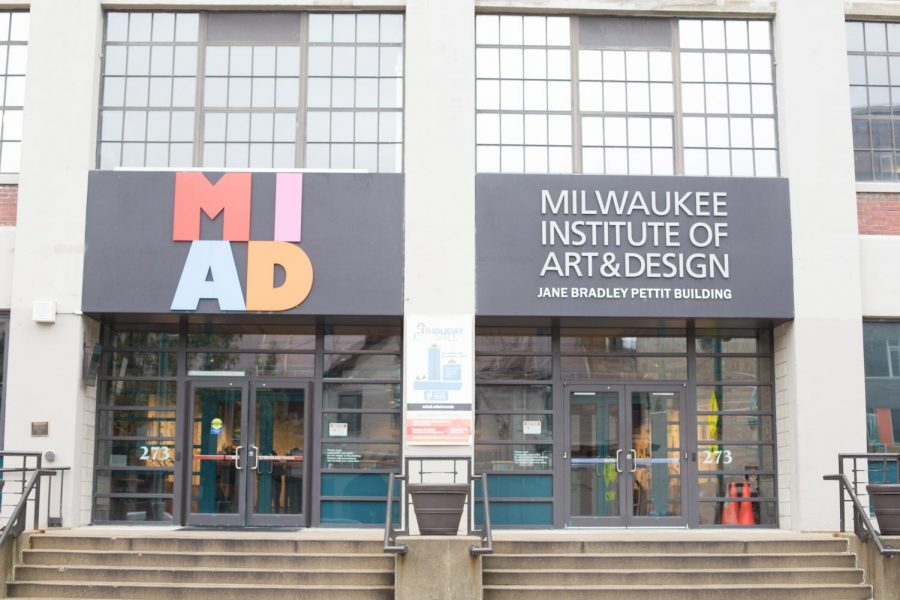 The+Haggerty+Museum+of+Art+Student+Advisory+Committee+was+formed+last+summer+and+planned+the+mash-up+to+spark+interest+in+Marquette%27s+collaboration+with+MIAD.+The+university+offers+graphic+design+and+studio+art+minors+which+allows+students+to+take+MIAD+classes+alongside+their+regular+classes.