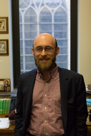 World-renowned nature photographer visits campus, advocates environmentalism