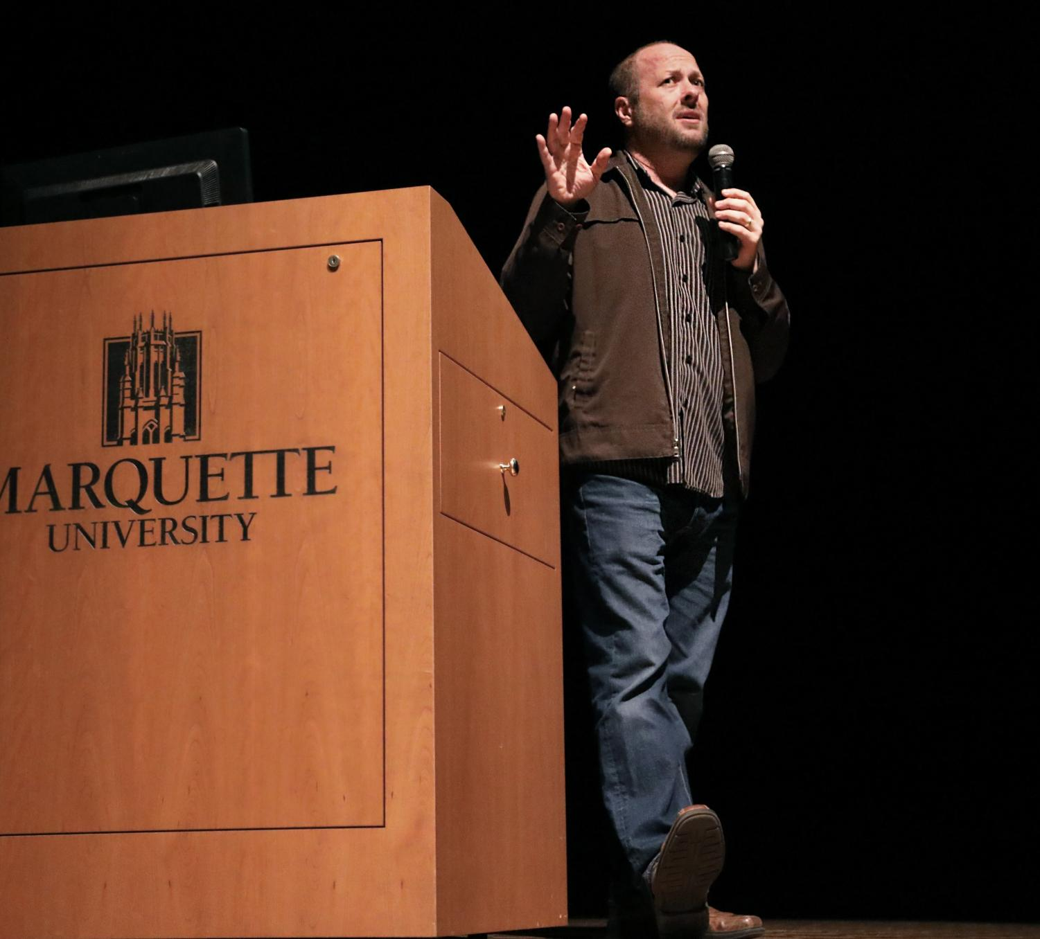 Jay Asher, author of 'Thirteen Reasons Why,' spoke at the Weasler Nov.16.