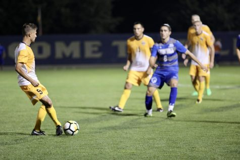 Men's soccer kicks off season Friday at Kentucky