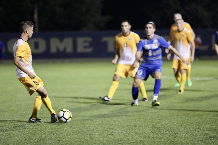PLOEN: Going forward, men's soccer needs finishers