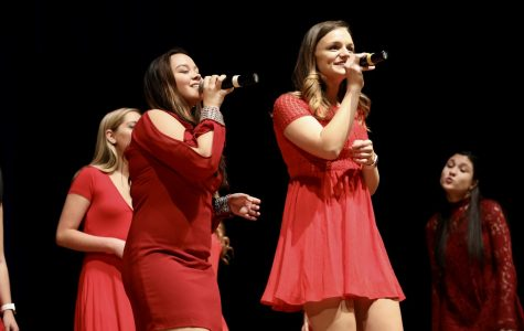 A cappella troupes give back to cancer research