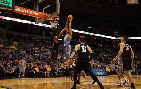 FLOOR SLAPS: Freshmen, Froling play key roles in Marquette win over DePaul