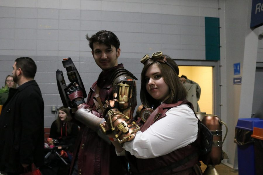 Siblings come dressed to impress at Milwaukee Comic Convention.