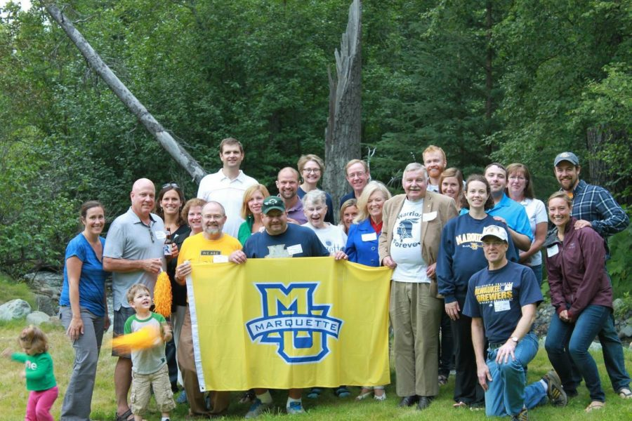 Marquette alums and their families reunite in Anchorage, Alaska. (Photo courtesy of Ryan Roberts.)
