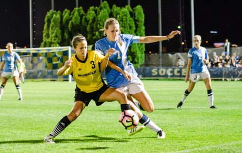 Women's soccer alumnae recreate family atmosphere in NWSL
