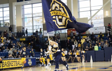 GOLDSTEIN: Women's basketball, volleyball deserve same Al McGuire Center atmosphere as men's basketball