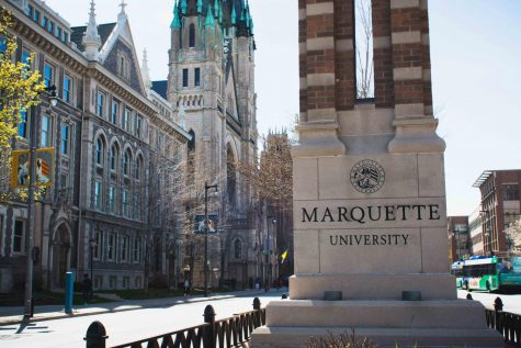 Marquette remembers de la Cruz