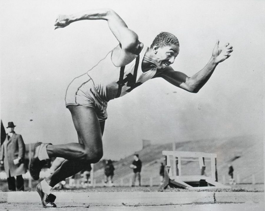 Sprinter+Ralph+Metcalfe+still+holds+the+Marquette+100-meter+time+record.+%28Photo+courtesy+of+Marquette+University++Department+of+Special+Collections+and+University+Archives%2C+Marquette+University+Libraries.%29
