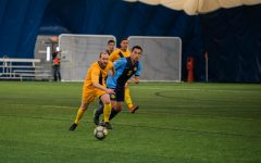 Men's soccer team welcomes alumni for homecoming game