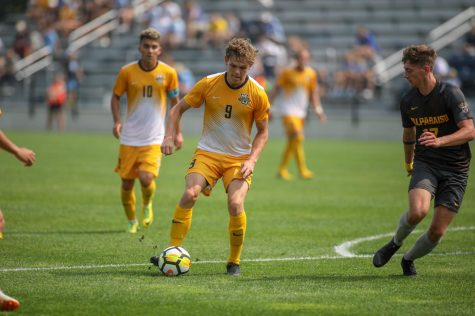 Marquette defeats Omaha on late Taylor goal