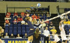 Volleyball sweeps Saturday with victories over Tulsa, Illinois State
