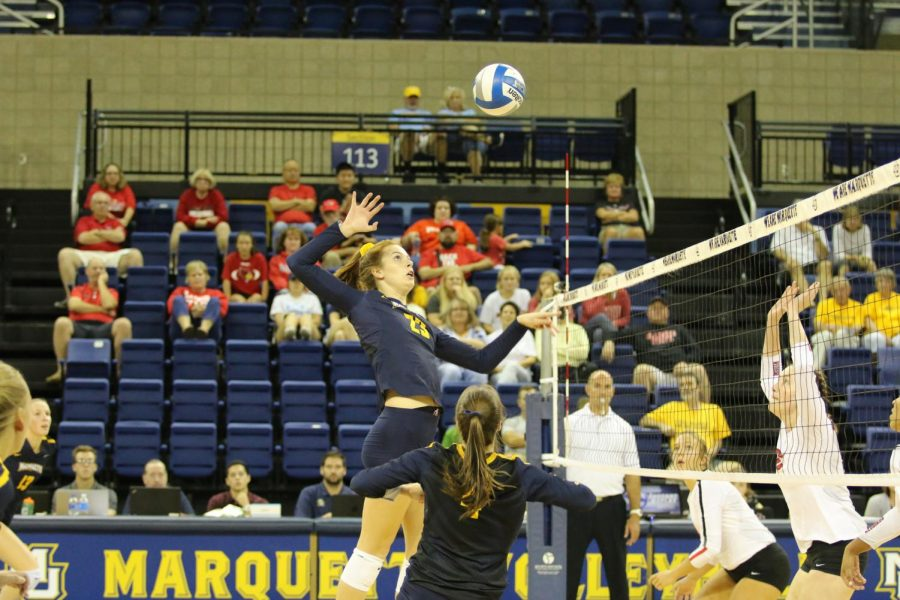 Volleyball+sweeps+Saturday+with+victories+over+Tulsa%2C+Illinois+State