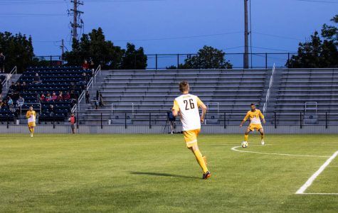 Men's soccer loses third straight at Michigan