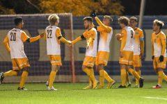 Men's soccer ends scoreless month, beats St. John's 4-0