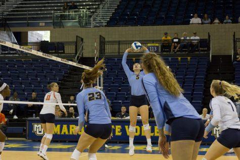 Volleyball captures sixth consecutive BIG EAST sweep at Seton Hall