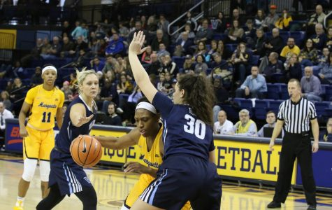 Women's basketball won't let lack of height affect talented roster