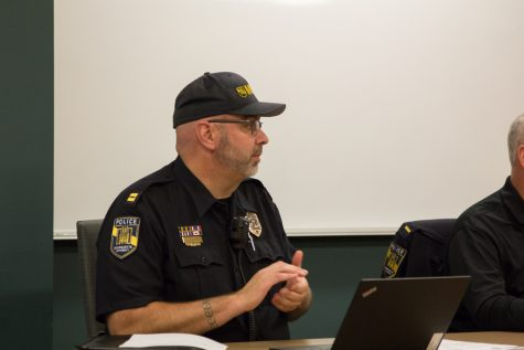 Campus police office offers space for Internet transactions