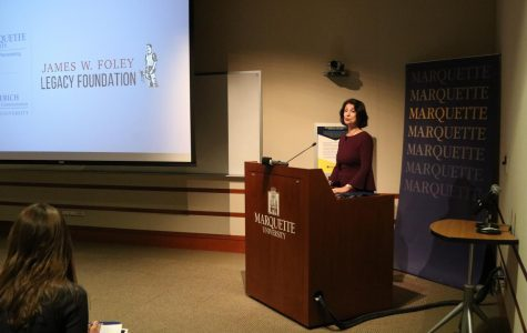 Diane Foley visits Marquette as Distinguished Peacemaker, retells story of slain son
