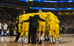 Men's basketball blows 12-point lead, comes up short against No. 2 Kansas