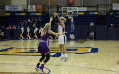 Women's basketball dominates in blowout of Northern Iowa
