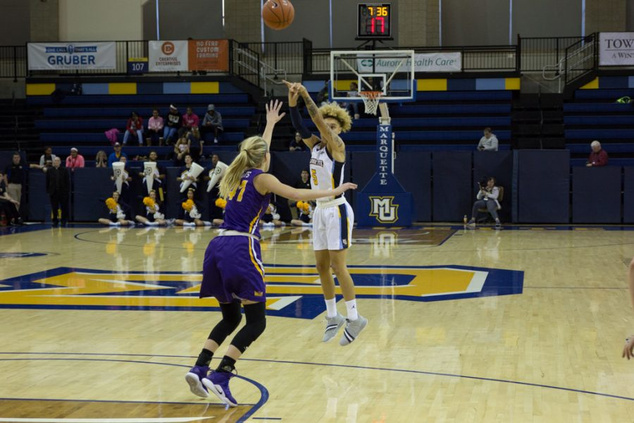 Women's basketball dominates in blowout of Northern Iowa ...