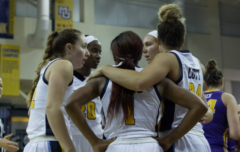 Women's basketball suffers first loss at No. 24 Miami