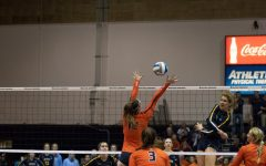 Volleyball falls at No. 3 University of Illinois in NCAA Tournament