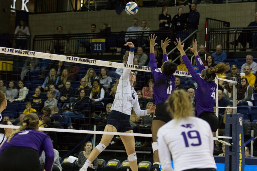 Volleyball+sweeps+HPU+in+opening+round+of+NCAA+Tournament