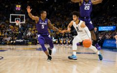 Men's basketball relies on Howard offensively at historic rate