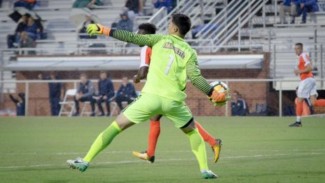 Shutout streak continues in Marquette's 2-0 win over Mercer