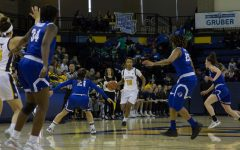 Women's basketball eases past Seton Hall on MPS Day